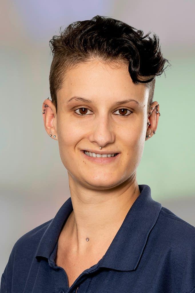 Laura Hofmann Arztsekretärin in der Praxis am Bahnhof Rüti