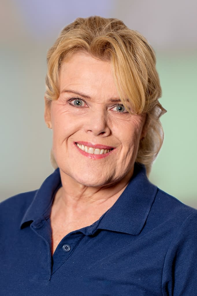 Dr. med. Doris Keller in der Praxis am Bahnhof Rüti ZH