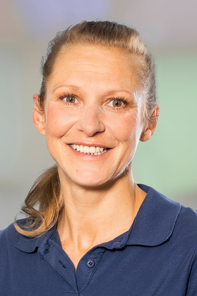 Mandy Siebelt Kommunikation/Marketing in der Praxis am Bahnhof in Rüti