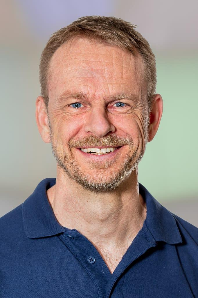 Dr. med. Torsten Fischer, Facharzt für Plastische, Rekonstruktive und Ästhetische Chirurgie in der Praxis am Bahnhof Rüti ZH