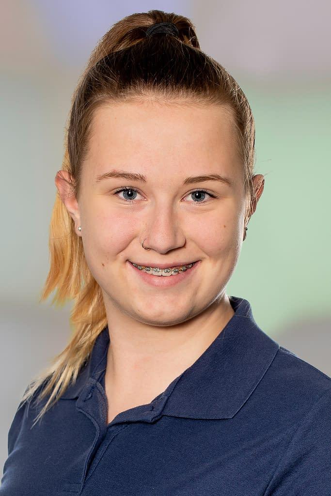 Celine Birchler, MPA-Praktikantin in der Praxsi am Bahnhof
