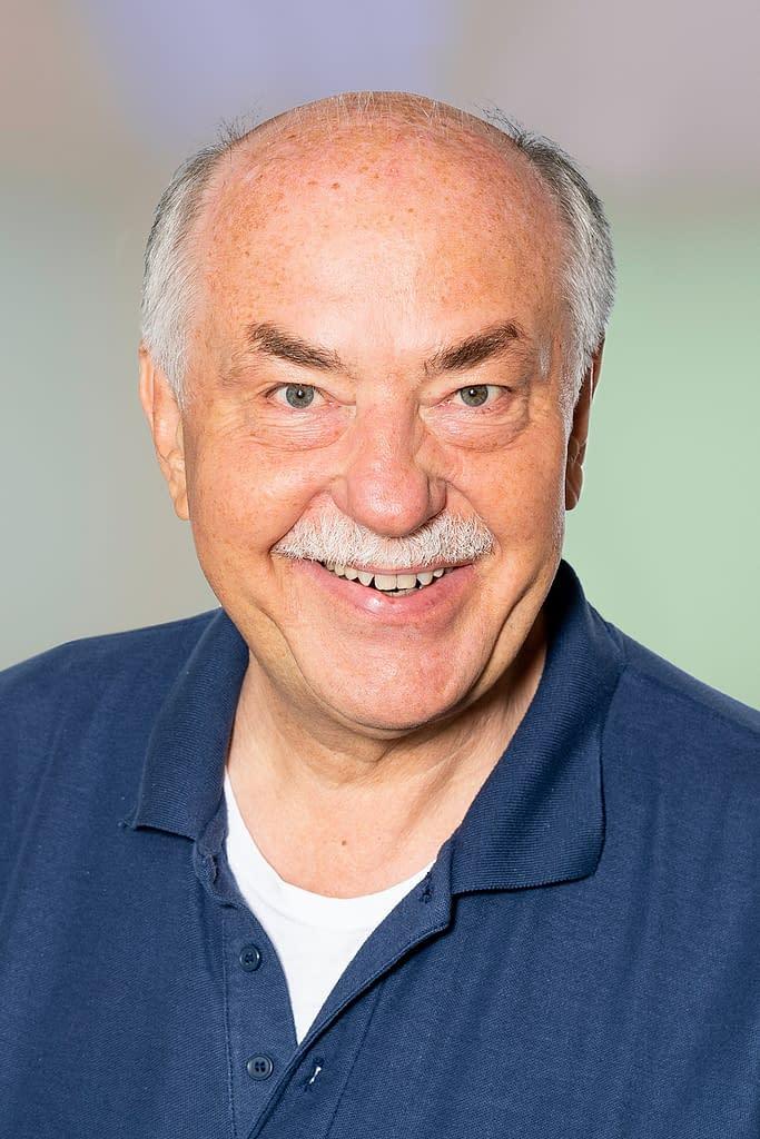 Prof. Dr. med. Harald Meden, Facharzt für Gynäkologie & Geburtshilfe in der Praxis am Bahnhof Rüti ZH.